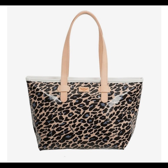 66b3574e87 Consuela Handbags - ➡️Authentic Consuela Tote⬅️